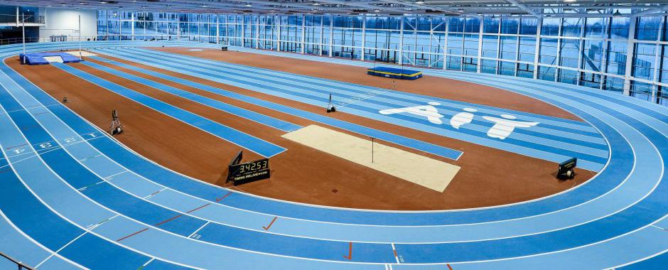 baacground-track